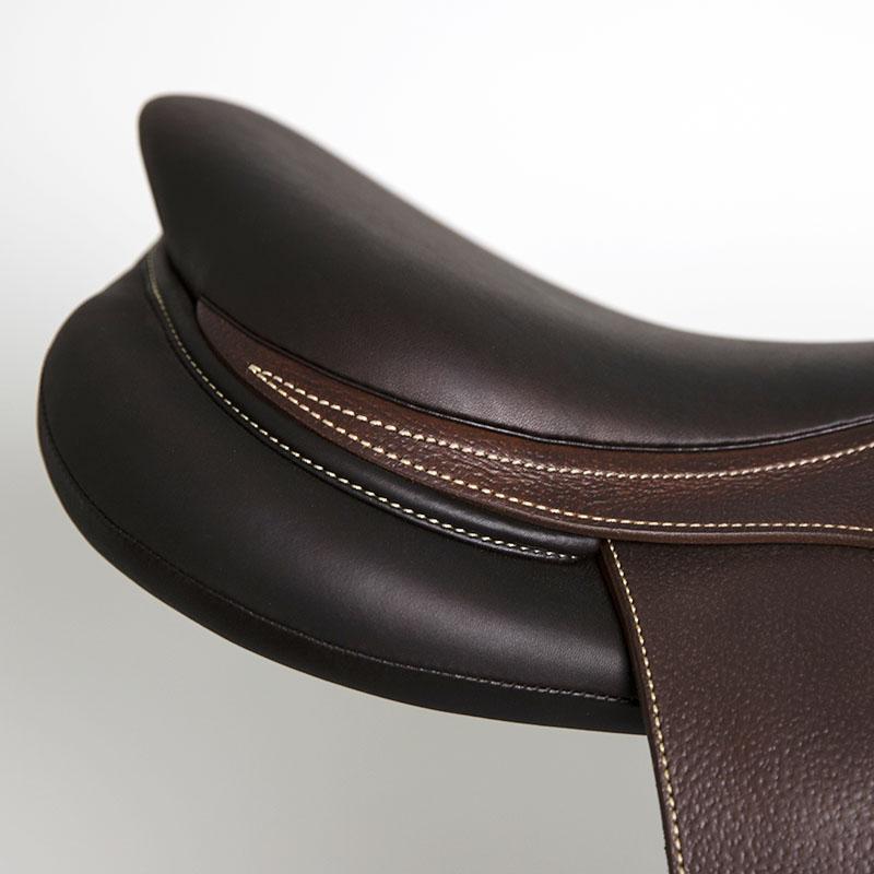Selle antares en cuir sur mesure Contact selle obstacle cso selle de cheval et poney personnalisable troussequin