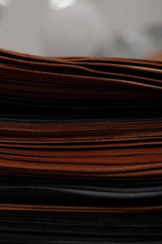 Fabrication d'une selle sur mesure en cuir Antarès