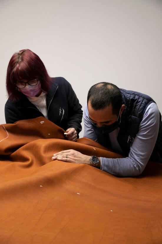Fabrication selle sur mesure d'équitation en cuir Antarès