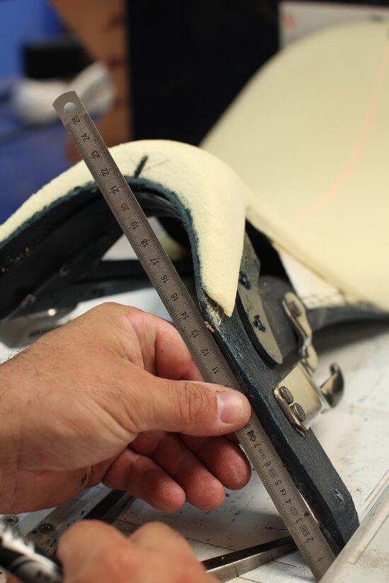 Antarès fabrication selle de cheval sur mesure en cuir pour l'équitation
