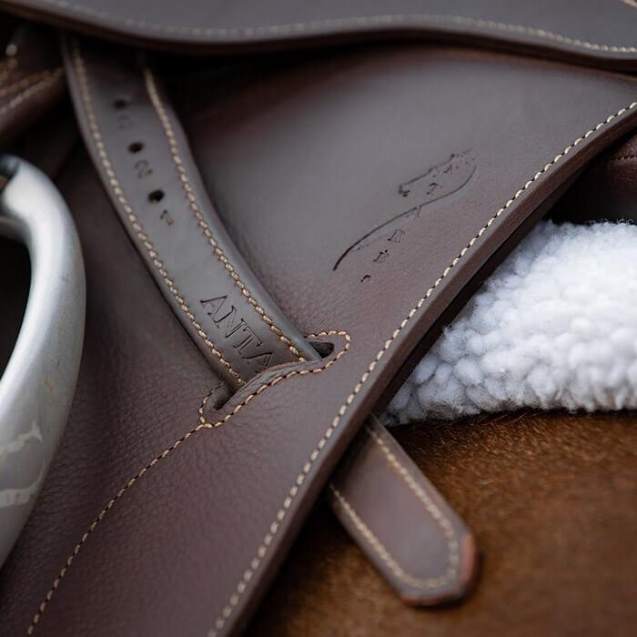 antares horse saddle leather girth stirrups leather stirrups